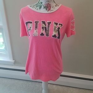 VS pink shirt small